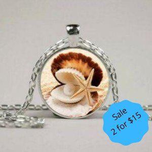 2/$15 Glass Pendant Necklace Starfish Silver New